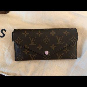 Louise Vuitton Wallet